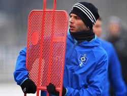 Dennis Diekmeiers Einsatz gegen Bayern ist wegen einer Erkrankung fraglich
