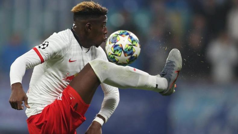 Hat sich im Spiel gegen Hertha BSC verletzt: Leipzigs Verteidiger Nordi Mukiele