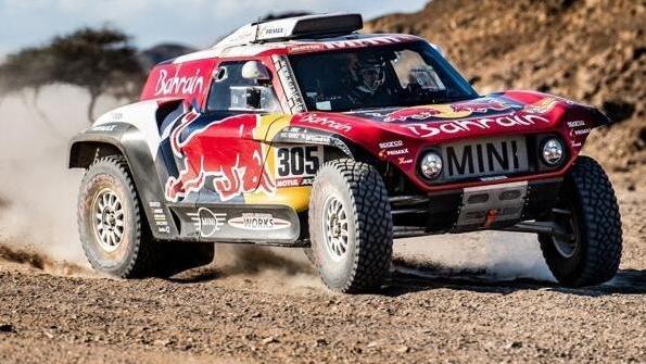 Carlos Sainz übernahm die Gesamtführung bei der Rallye Dakar