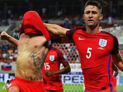 Lallana (izq.) celebrando su gol en el último suspiro del partido. (Foto: Getty)