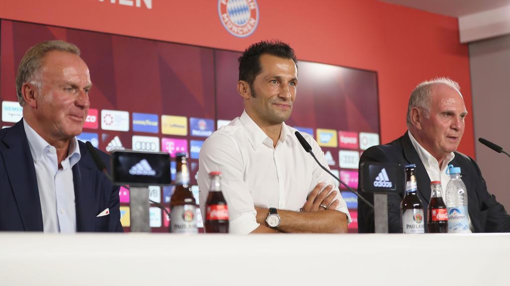 Bosse des FC Bayern schießen gegen Medien und Kritiker