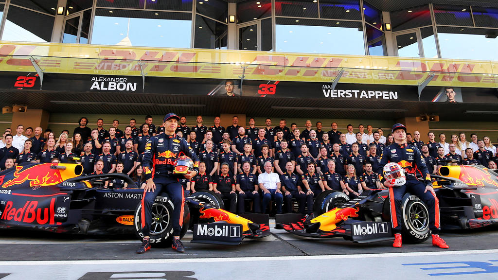 Red Bull hat seinen neuen Boliden präsentiert