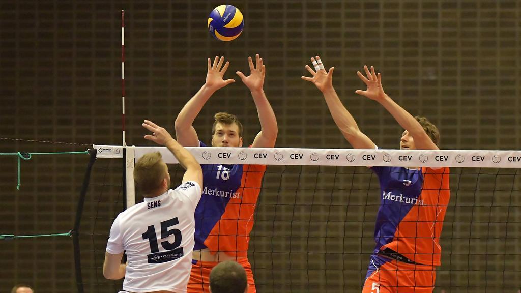 Die Volleyballer wollen ihre Saison zuende spielen