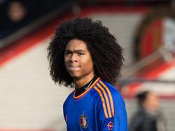 Tahith Chong kijkt ontevreden tijdens het competitieduel Feyenoord B1 - Ajax B1 (23-01-2016)