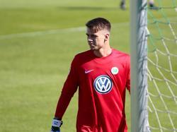 Wolfsburg bindet U19-Nationalkeeper Menzel bis 2021