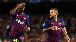 Jordi Alba y Dembélé celebran un gol azulgrana. (Foto: Getty)