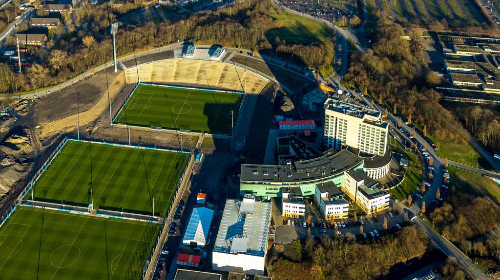 Das umgebaute Parkstadion des FC Schalke 04 wird neu eröffnet