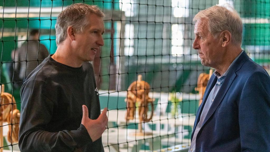 Sind längst nicht mehr auf einer Wellenlänge: Frank Baumann (l.) und Jörg Wontorra
