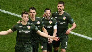 Debütiert Waldemar Anton (r.) vom VfB Stuttgart in der Nationalmannschaft?