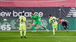 El Athletic logró el triunfo en los instantes finales.