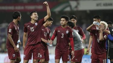 Thailands Spieler feiern nach dem Remis gegen die Vereinigten Arabischen Emirate
