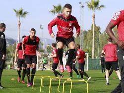 Jordan Larsson tijdens zijn eerste training voor NEC Nijmegen op het trainingskamp in Spanje. (03-01-2017)