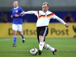 Andreas Brehme ist immer noch ganz nah am Fußball