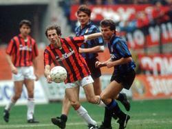 Lothar Matthäus setzte sich bei der Weltfußballerwahl 1990 gegen Franco Baresi (l.) durch