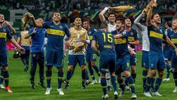 Die Spieler der Boca Juniors feiern den Finaleinzug