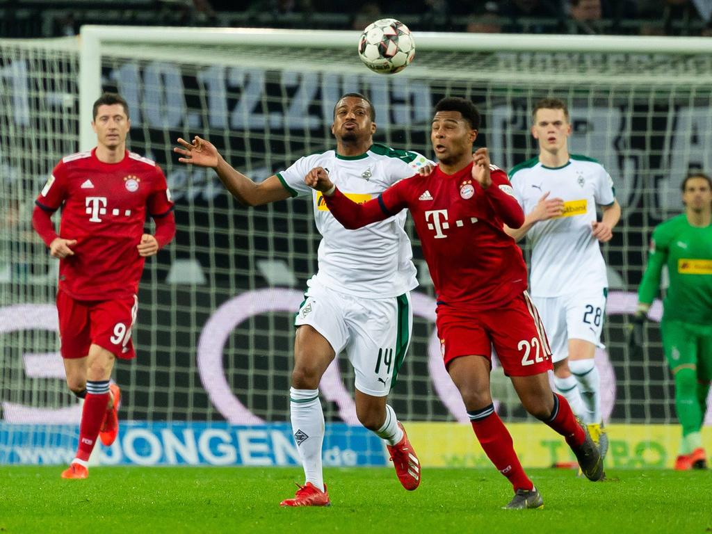 Bundesliga Acutalites Bayern Blitz Gladbach To Draw Level With Dortmund In Title Race
