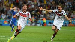 Mario Götze (l.) erzielte im WM-Finale gegen Argentinien den goldenen Treffer