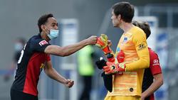 Hertha-Keeper Rune Jarstein (r.) leistete sich gegen Leipzig einen dicken Patzer