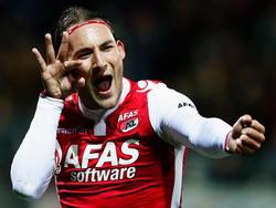 Nemanja Gudelj schließt sich zur neuen Saison Ajax Amsterdam an