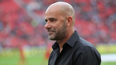 Die Macher bei Bayer Leverkusen sind zufrieden mit der Arbeit von Trainer Peter Bosz. Foto: Rolf Vennenbernd