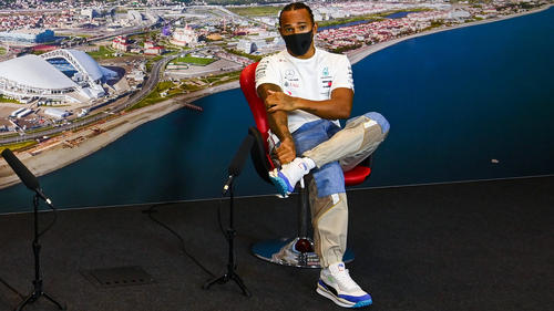 Kann seine nächste Bestmarke selbst nicht so recht einordnen: Lewis Hamilton