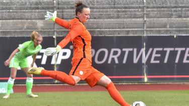 Almuth Schult gewann mit dem VfL Wolfsburg deutlich