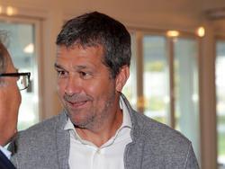 VdF-Boss Gernot Zirngast rät den Spielern ihren Klubs entgegen zu kommen
