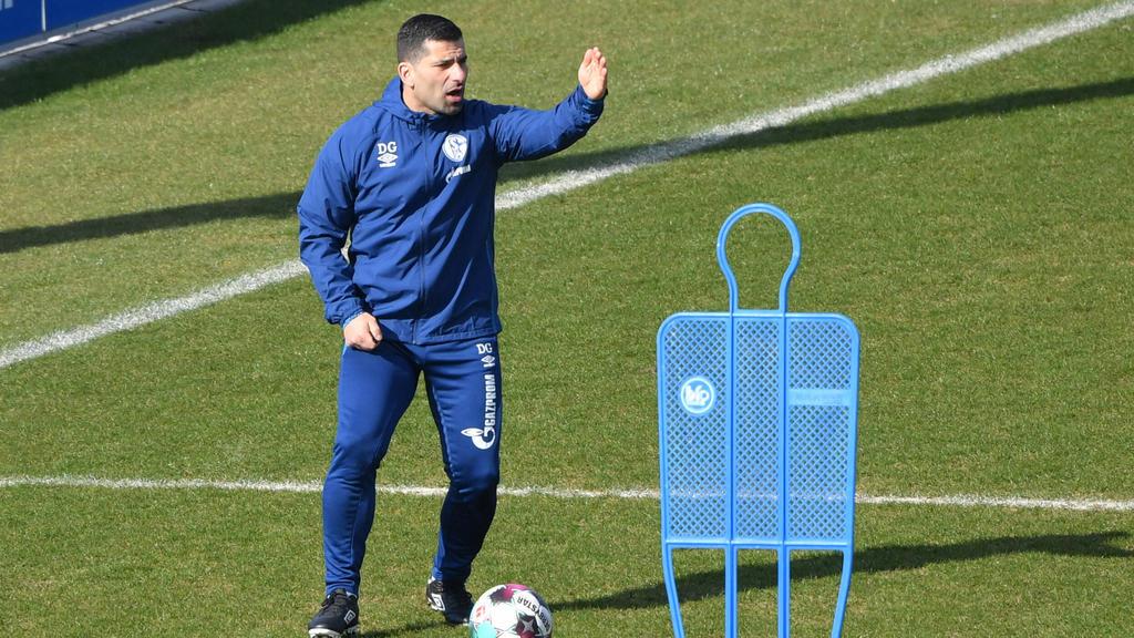 Schalkes Cheftrainer Dimitrios Grammozis