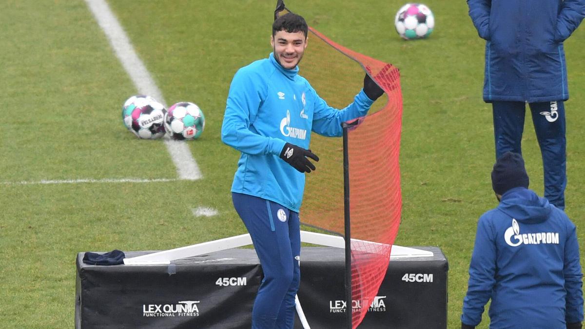 Ozan Kabak wird den FC Schalke zeitnah verlassen