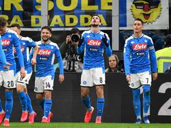 Neapel kommt dem Pokalfinale einen großen Schritt näher