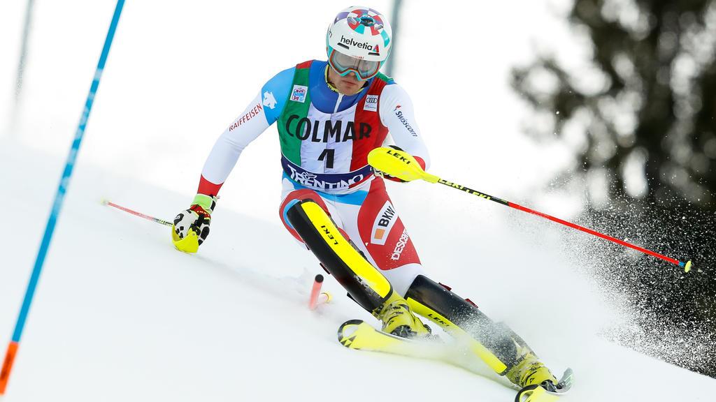 Daniel Yule siegt beim Slalom von Madonna