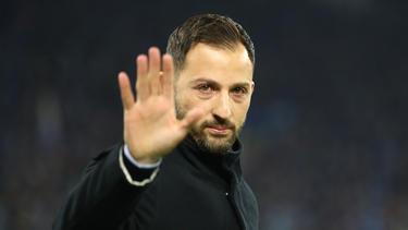 Domenico Tedesco musste seine Entscheidung gegen Ralf Fährmann erklären