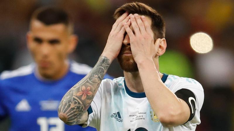 Lionel Messi droht das frühe Aus mit seiner Albiceleste