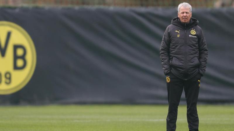 BVB-Coach Lucien Favre hält die aktuellen Probleme des Fußballs für relativ harmlos