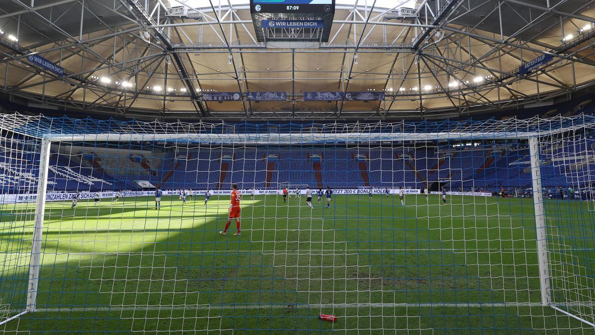 Schalkes erstes Saison-Heimspiel in der Veltins Arena droht ohne Zuschauer stattzufinden