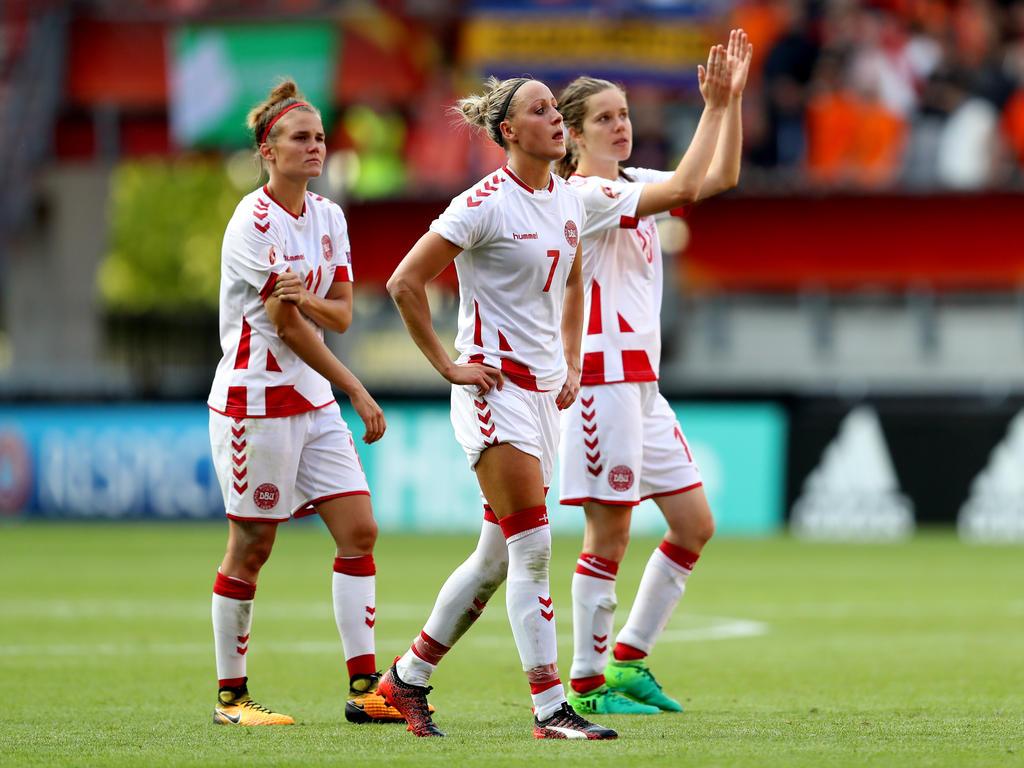 Danische Fussballerinnen Treten In Den Streik