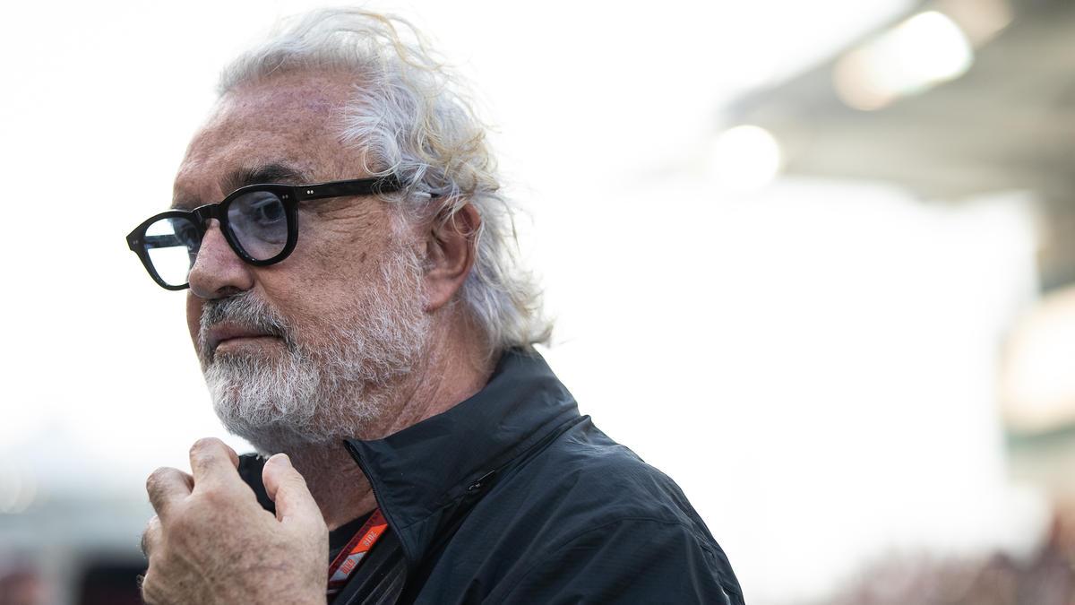 Flavio Briatore rät Ferrari von einer Verpflichtung von Lewis Hamilton ab