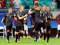 Wie oft jubelt die deutsche Elf gegen Fidschi?