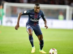 Blaise Matuidi heeft balbezit tijdens het competitieduel Paris Saint-Germain - FC Metz (21-08-2016).
