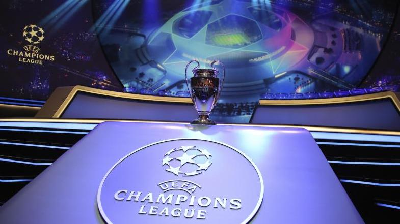 Die Bundesliga-Klubs kämpfen um den Henkelpott