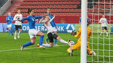 Freigang erzielte drei Tore gegen Griechenland