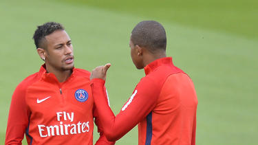 Verlassen Neymar (l.) und Kylian Mbappé (r.) PSG in Richtung Real Madrid?