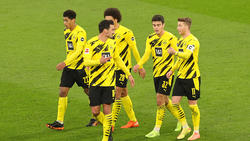 Jude Bellingham (l.) und Gio Reyna (2.v.r.) bleiben wohl beim BVB anstatt auf Länderspielreise zu gehen
