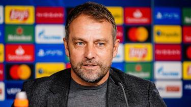 Hansi Flick trifft mit dem FC Bayern auf Gladbach