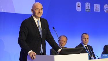 Gianni Infantino würde eine WM 2022 mit 48 Teams für die Präsidentschaftswahl 2019 helfen