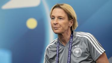 Martina Voss-Tecklenburg und die DFB-Frauen müssen um die Olympia-Teilnahme bangen