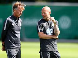 Freddy Ljungberg (re.) hat sich zum Aus beim VfL geäußert