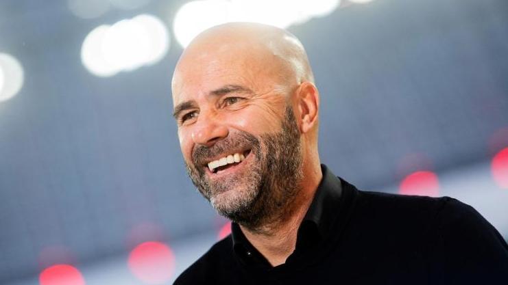 Peter Bosz bleibt bis 2022 bei Bayer Leverkusen