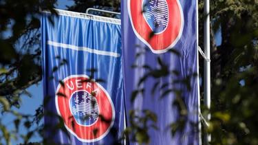 Die UEFA tagt am Montag um 9:00 Uhr