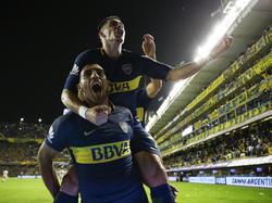 Ramón Ábila marcó un doblete para hacer vibrar a la Bombonera. (Foto: Getty)